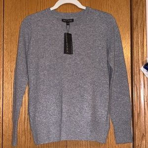 NWT Gray Banana Republic Sweater.